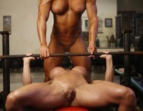Naked Female Bodybuilder Lesbians