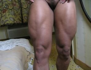 Ebony female bodybuilder Yvette Bova