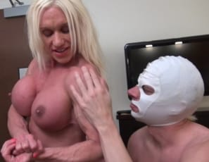 Female muscle porn star and bodybuilder Ashlee Chambers is giving a hand job after wrestling and verbal humiliation, then gets ass play and muscle worship of her muscular ripped abs, legs, glutes, vascular biceps and powerful pecs, as she poses to dominate him. Watch her milk him in close-up.