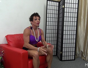 While female bodybuilder and muscle porn star Anna Phoenixxx is waiting for the doctor, she finds some tools to use on her big clit. Watch in close-up as she masturbates and  penetrates herself with the toys, and enjoy the mature muscles of her ripped abs, legs and vascular biceps as she moans and cums.