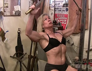 A female bodybuilder learns a few things as she's building up all that massive female muscle in the gym. One thing a mature female bodybuilder like Clarkflex learns is that it's great to film your and show what all those hours of training have done for your legs, biceps, and strength. Don't you agree? Clarkflex is cougar perfection!