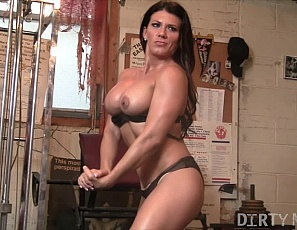 Muscle porn star Leena is working out in the gym, showing off her pecs, biceps, legs and glutes, and she's naked. Leena's gym routine includes masturbating and penetrating herself with a huge dildo as you watch in close-up.