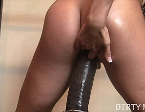 Female muscle pornstar Leena is still in the gym with her big dildo. She gives her pussy, and legs, quite a workout trying to ride that big thing. She also works her glutes. Leena also enjoys laying down and rubbing her pussy and fingering herself. All in all this is time well spent in the gym.