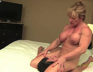 Ripped female bodybuilder and muscle porn star Wild Kat gives a man his first bicep job with her vascular biceps, then gives him a blow job and hand job until he cums all over her bicep, pecs and abs. Watch the muscle fucking, masturbation and muscle sex in close-up.