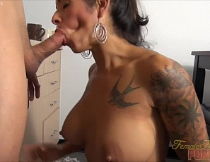 Tattooed female muscle porn star Bobbi really enjoys giving a blow job and hand job, and masturbating and posing while she does. Her man likes playing with her pecs, vascular, tattooed biceps, and tight abs, and especially likes to cum all over her face. Watch the female muscle sex in close-up.