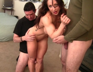 Female bodybuilder BrandiMae is really enjoying her two muscle worshipers. She loves the way they worship her ripped, vascular biceps, pecs, glutes, legs, calves and abs as she poses, so she's giving them all kinds of muscle fucking - calf jobs, bicep jobs and a foot job – and some verbal humiliation so they know who's boss. Watch this female muscle porn in close-up and you'll be worshiping too.