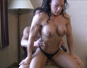 Even while she's being penetrated by a hard cock and giving a blow job, getting muscle worship and muscle fucking and having her pussy and ass eaten out, female bodybuilder Bella finds room to pose and flex her vascular biceps, ripped abs, powerful pecs and muscular legs and glutes. Watch all the female muscle porn sex in close-up.