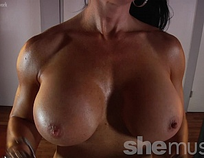 Female Bodybuilder Samantha Kelly loves training arms.  See how good she looks as she poses for you in panties, showing off her vascular biceps, ripped abs, powerful pecs, and muscular legs and glutes. Watch her muscle control close up.