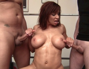Female muscle porn star Devon Michaels has two cocks to play with, and she gives them both hand jobs. They get ab jobs, bicep jobs and blow jobs while she gets her pecs and ab muscles worshipped. Then she masturbates while giving them quad jobs and calf jobs. Watch the hot sex and muscle fucking in close-up.