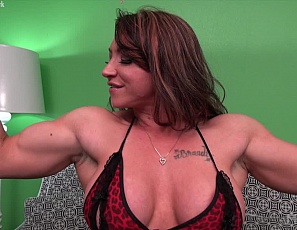 Female muscle porn star and bodybuilder BrandiMae loves playing with her big clit, and takes off her panties as she poses in your virtual session to show off the muscles of her ripped abs, vascular biceps, and legs, and her muscle control of her pecs. Then she shows you just how big and juicy her clit is in close-up as she masturbates and starts clit pumping.