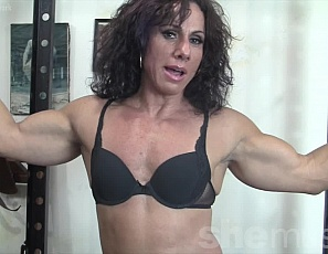 Professional female bodybuilder Annie Rivieccio likes to pump more than iron in the gym, and liking how much attention it draws to her ripped pecs, abs, legs and vascular biceps Annie can't wait to whip out her big black cock.