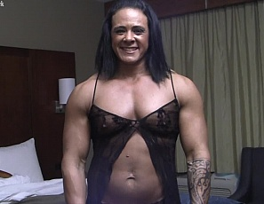 You have a virtual session with female bodybuilder and muscle porn star Goddess of Iron in the bedroom, and you get a close-up POV as she gets muscle worship, masturbates and penetrates herself with a toy, and shows you the ripped, vascular muscles of her abs, biceps, pecs, glutes, legs, and her muscle control.
