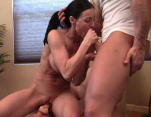 Flexible female muscle porn star Kendra Lust smothers Dickhead with her legs and glutes while she poses and penetrates herself with the dildo he's wearing on his face and masturbates, and letting BoyToy worship her muscles and giving him a hand job, bicep job and blow job. Enjoy watching her pecs, abs and ass, and looking at the group muscle sex and muscle fucking in close-up.