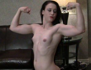 Cheyenne Jewel is humiliating her boyfriend, making him bend over and kicking his balls, scissoring him with her muscular legs, lifting and carrying him, posing and making him worship her big biceps, powerful pecs and gorgeous glutes. Did we mention the quad job, muscle fucking and belly punching? He won't see this kind of female muscle porn on TV.