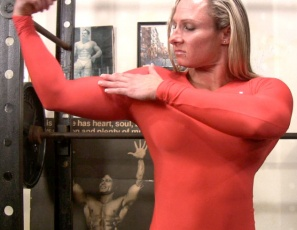 Amazon Darkside Milinda's looking super strong as she flexes in a skintight top in this video. Then she gets naked so you can get a great view of her poses – beautiful biceps, ripped abs and gorgeous glutes, legs and pecs. She's as sculpted as a statue, but much more touchable, as you'll see when she touches herself.