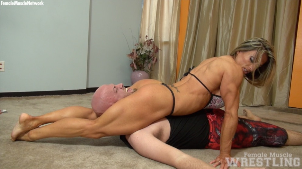 maria garcia female muscle wrestling video