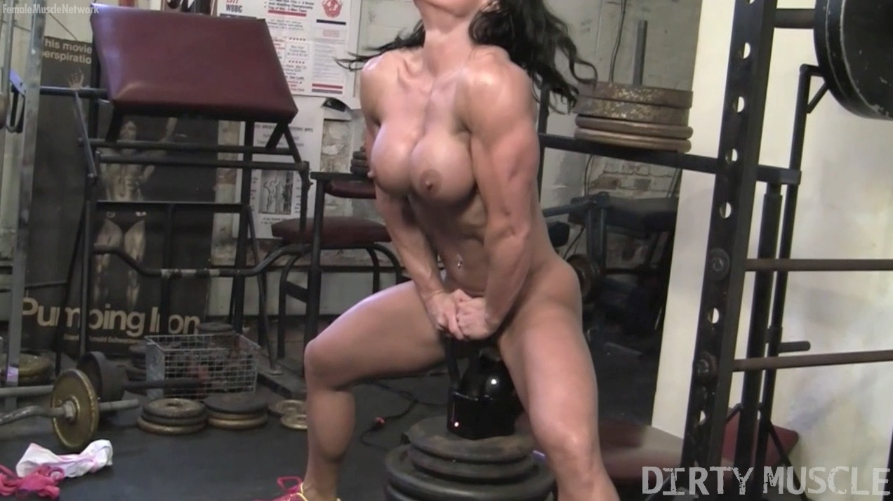 bella dirty muscle bodybuilder